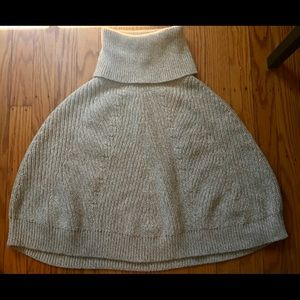 Knitted Turtleneck Cape